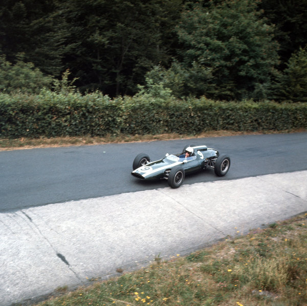 Nurburgring, Germany.3-5 August 1962.Bruce McLaren (Cooper T60 Climax) 5th position.Ref-3/0620.World Copyright - LAT Photographic