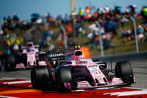 Circuit of the Americas, Austin, Texas, United States of America. Sunday 22 October 2017. Esteban Ocon, Force India VJM10 Mercedes, leads Sergio Perez, Force India VJM10 Mercedes. World Copyright: Andy Hone/LAT Images  ref: Digital Image _ONZ8483