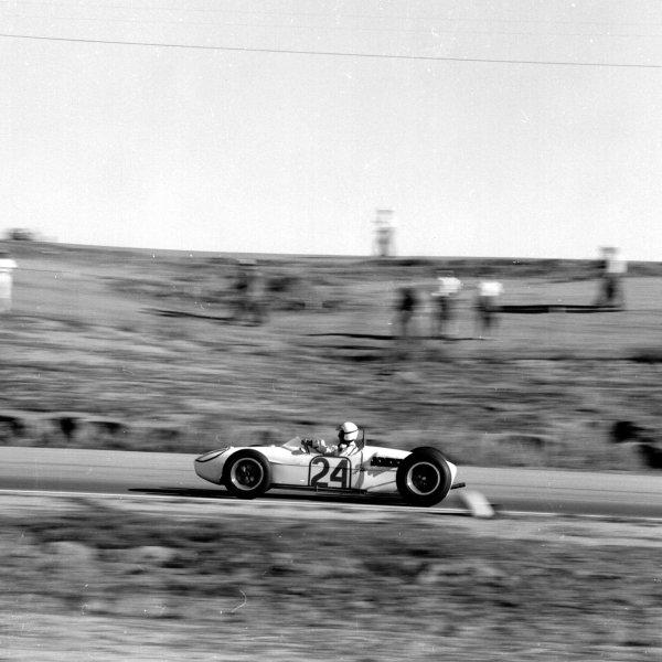 1960 United States Grand Prix.Riverside, California, USA.18-20 November 1960.Jim Hall (Lotus 18 Climax) 7th position.Ref-7457.World Copyright - LAT Photographic