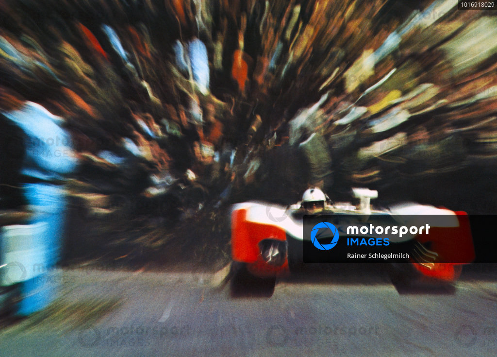 Richard Attwood / Brian Redman, Porsche 908/02.