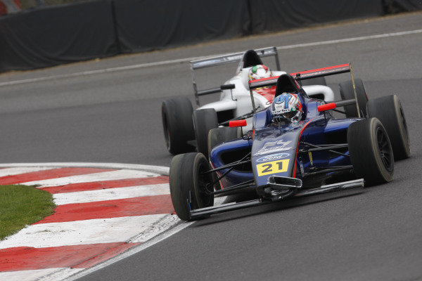 Joe Turney (GBR) Carlin British F4