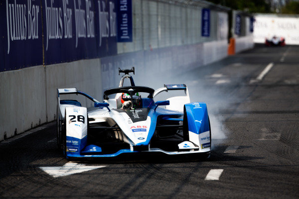 Antonio Felix da Costa (PRT), BMW I Andretti Motorsports, BMW iFE.18, locks up a tyre