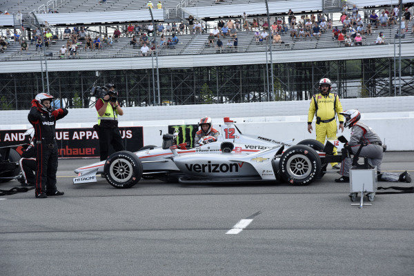 Will Power, Team Penske Chevrolet gets restarted after a delay for a multi-car accident on lap 4