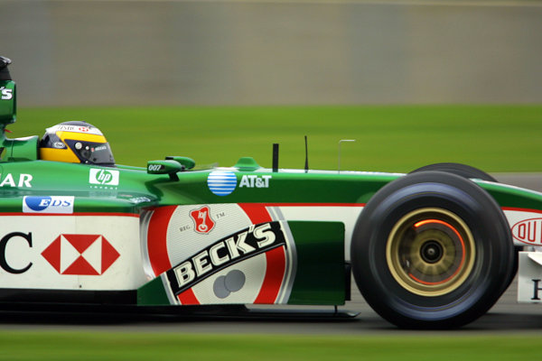 2002 British Grand Prix - Sunday RaceSilverstone, England. 7th July 2002.Pedro de la Rosa (Jaguar R3).World Copyright - LAT Photographicref: digital file