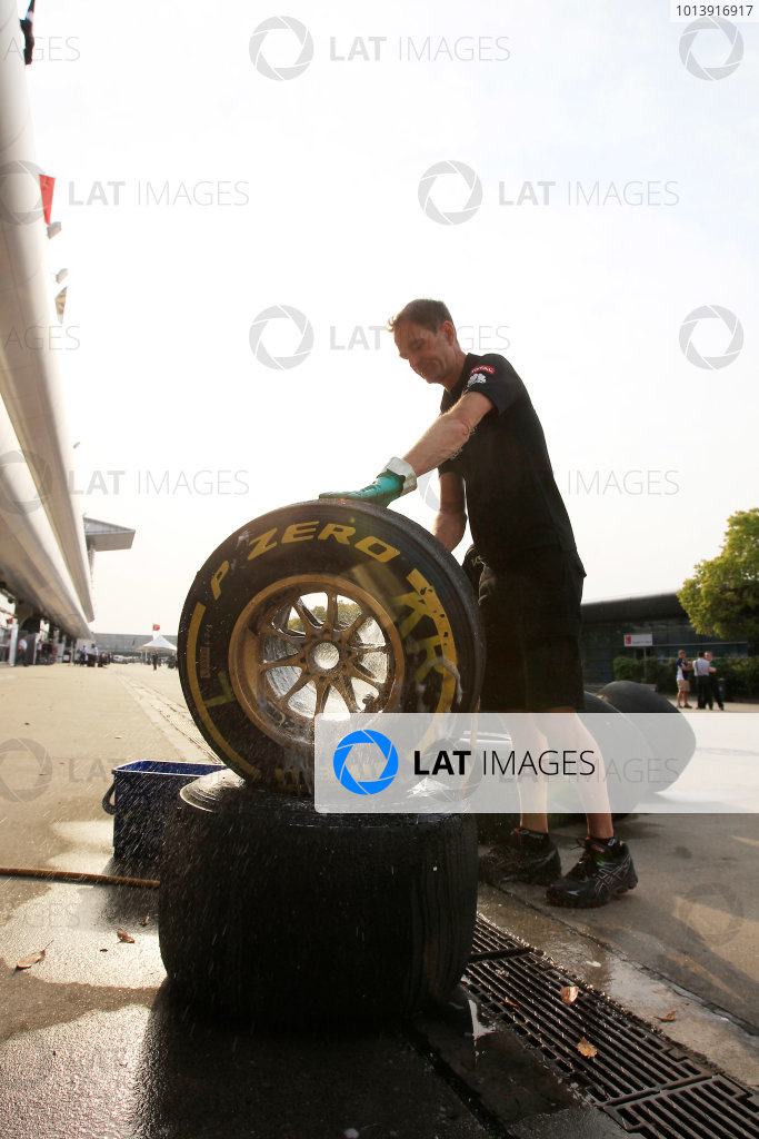 Shanghai International Circuit, Shanghai, China Saturday 13th April 2013 Tyres are washed ready for the race. World Copyright: Charles Coates/LAT Photographic ref: Digital Image _X5J1115