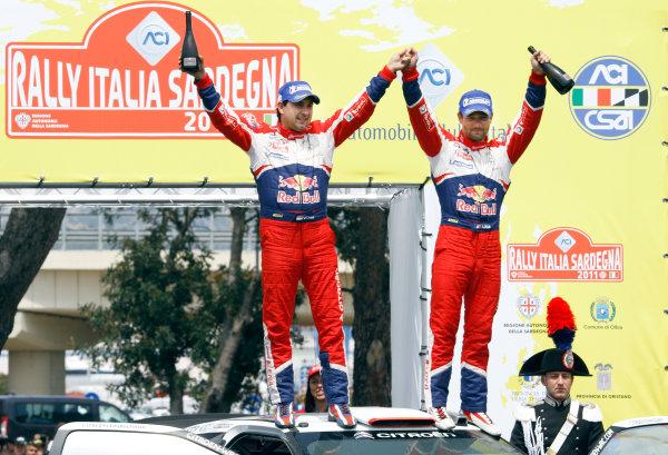 Round 05-Rally Italia Sardegna. 05th-08th May 2011.Sebastien Loeb, Daniel Elena, Citroen WRC, Podium.Worldwide Copyright: McKlein/LAT