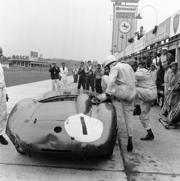 Nurburgring, Germany. 7th June 1959. Stirling Moss / Jack Fairman (Aston Martin DBR1), 1st position, pit stop and driver change, action. World Copyright: LAT Photographic. Ref: 4235.