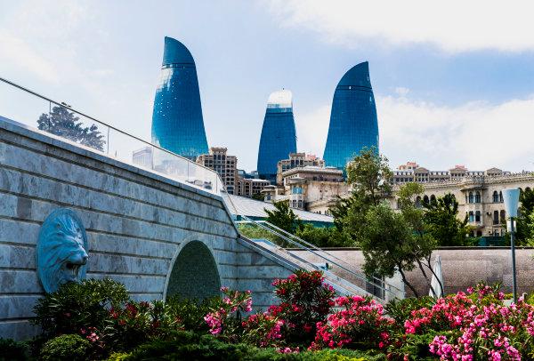 Baku City Circuit, Baku, Azerbaijan. Wednesday 21 June 2017. A view of the Flame Towers. World Copyright: Zak Mauger/LAT Images ref: Digital Image _56I5933