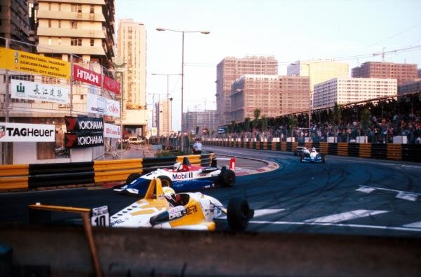 Giancarlo Fisichella (ITA) Dallara 394-Opel (left) took pole position but crashed out of the race whilst leading.Macau Grand Prix, Hong Kong, 20 November 1994.