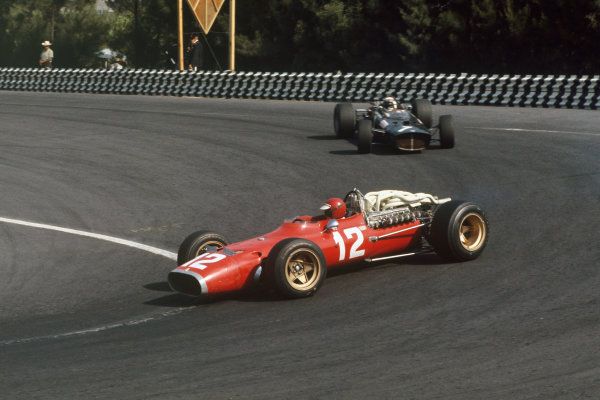Mexico City, Mexico. 20 - 22 October 1967.  Jonathan Williams (Ferrari 312) followed by Jackie Stewart (BRM P115). Williams finished in 8th position.  Ref: 67MEX10. World Copyright: LAT Photographic