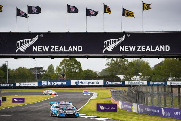 2017 Supercars Championship Round 14.  Auckland SuperSprint, Pukekohe Park Raceway, New Zealand. Friday 3rd November to Sunday 5th November 2017. Todd Kelly, Nissan Motorsport.  World Copyright: Daniel Kalisz/LAT Images  Ref: Digital Image 031117_VASCR13_DKIMG_0192.jpg