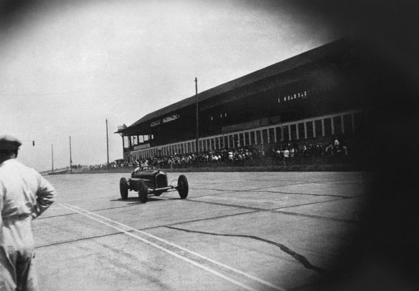 Nurburgring, Germany. 28 July 1935. Tazio Nuvolari (Alfa Romeo Tipo-B P3), 1st position. His greatest victory, action.  World Copyright: LAT Photographic. Ref:  RF 35GER10A