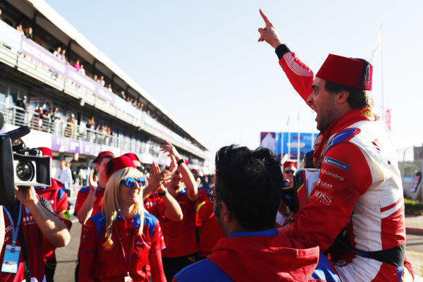 Jérôme d'Ambrosio (BEL), Mahindra Racing, celebrates with his team after winning the race