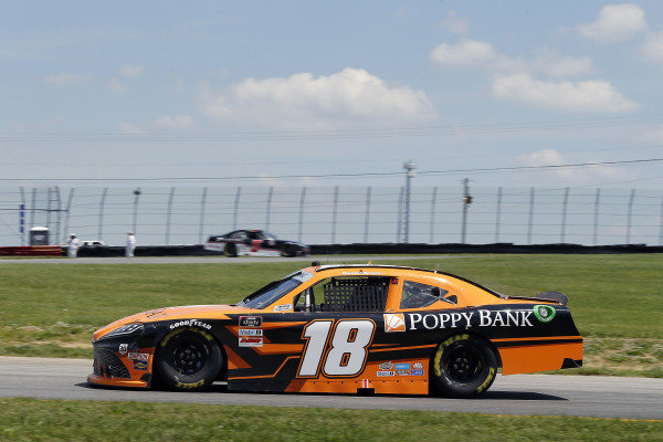 #18: Daniel Hemric, Joe Gibbs Racing, Toyota Supra Poppy Bank
