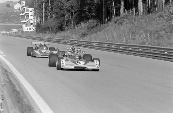 Carlos Pace, Surtees TS15 Ford BDA/Hart, leads Bill Gubelmann, March 732 BMW.