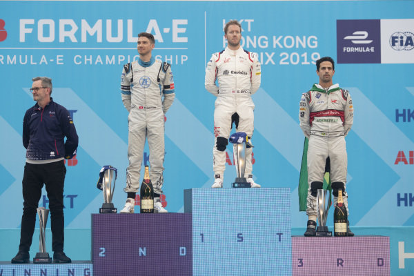 The podium group shot: Chris Gorne, Envision Virgin Racing Technical Director, Edoardo Mortara (CHE) Venturi Formula E, 2nd position, race winner Sam Bird (GBR), Envision Virgin Racing, and Lucas Di Grassi (BRA), Audi Sport ABT Schaeffler, 3rd position