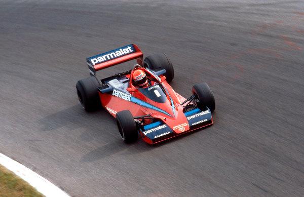 1978 Italian Grand Prix.Monza, Italy.8-10 September 1978.Niki Lauda (Brabham BT46 Alfa Romeo) 1st position at Parabolica. Ref-78 ITA 21.World Copyright - LAT Photographic