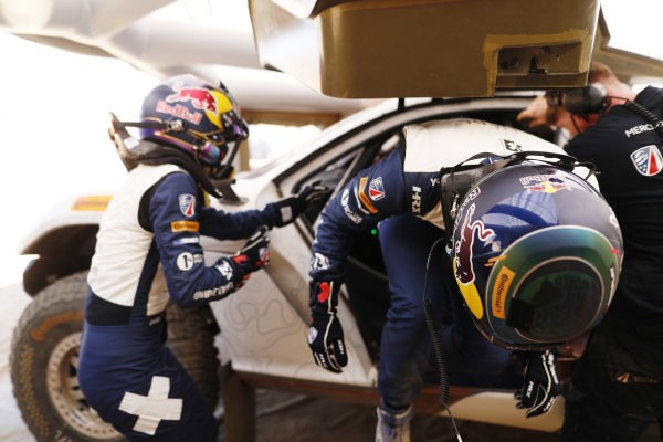 Catie Munnings (GBR)/Timmy Hansen (SWE), Andretti United Extreme E, driver change