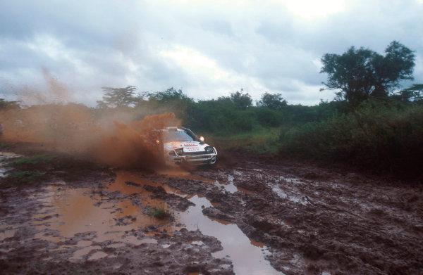 1992 FIA World Rally Championship.Safari Rally, Kenya.27/3-1/4 1992.Carlos Sainz/Luis Moya (Toyota Celica Turbo 4WD ST185) 1st position.World Copyright - LAT Photographic