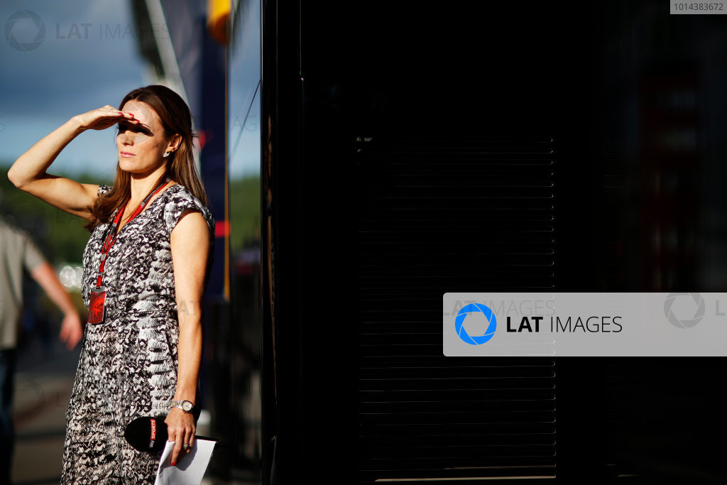 Red Bull Ring, Spielberg, Austria. Friday 19 June 2015. Natalie Pinkham, Sky Sports F1, shields her eyes from the sun in the Paddock. World Copyright: Alastair Staley/LAT Photographic. ref: Digital Image _R6T0916