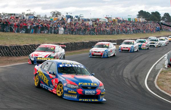 2004 Australian V8 SupercarsSymmons Plain Raceway, Tasmania. November 14th.Marcos Ambrose (Ford Falcon BA) leads. Action.World Copyright: Mark Horsburgh/LAT Photographicref: Digital Image Only