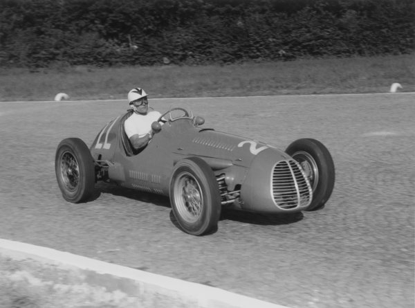 1952 Italian Grand Prix.Monza, Italy. 7 September 1952.Felice Bonetto (Maserati A6GCM), 5th position. Ref-52/51#26A.World Copyright - LAT Photographic