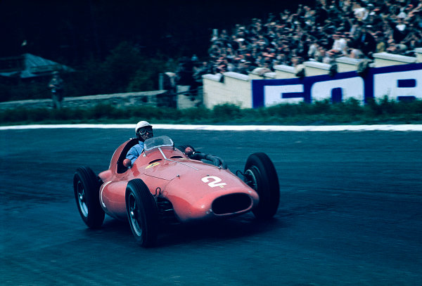 1955 Belgian Grand Prix.Spa-Francorchamps, Belgium.3-5 June 1955.Giuseppe Farina (Ferrari 555 Supersqualo) 3rd position.Ref-55 BEL 01.World copyright - LAT Photographic