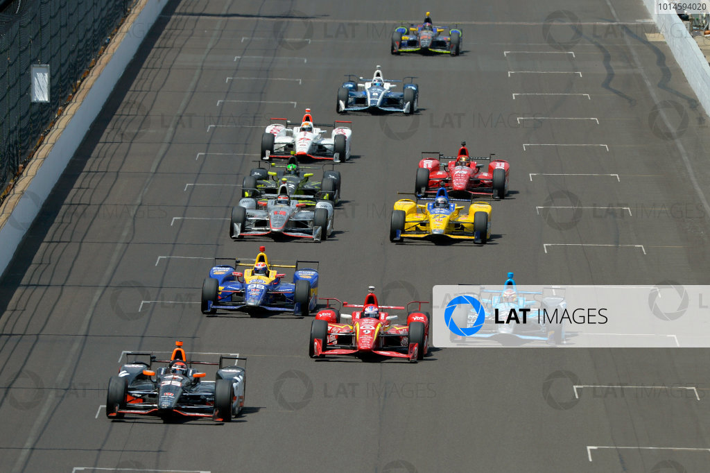 29 May, 2016, Indianapolis, Indiana, USA Alex Tagliani (#35), Scott Dixon (#9), Alexander Rossi (#98), Carlos Munoz (#26), Will Power (#12), Marco Andretti (#27), Charlie Kimball (#42), James Hinchcliffe (#5), Oriol Servia (#77), Max Chilton (#8) and Matt Brabham (#61) ?2016, F. Peirce Williams LAT Photo USA