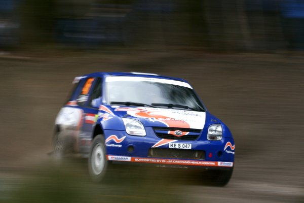 2006 World Rally Championship.Round 16, Wales Rally GB. 1st - 3rd  December 2006.Jozef Beres/Petr Stary. Suzuki Ignis. Action.World Copyright: Drew Gibson/LAT Photographic.Ref: Digital Image Only.