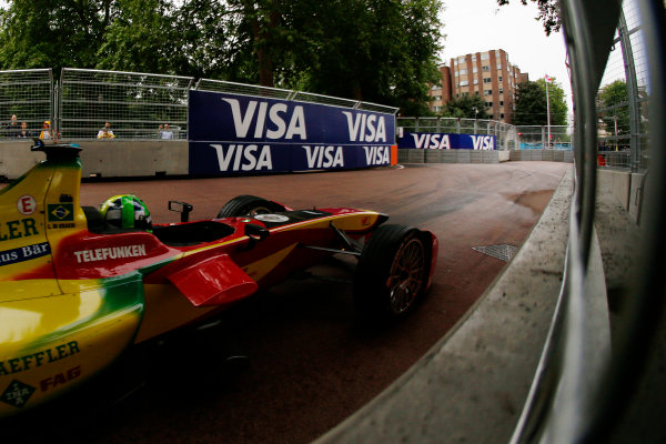 2014/2015 FIA Formula E Championship. London ePrix, Battersea Park, London, United Kingdom. Sunday 28 June 2015 Lucas di Grassi (BRA)/Audi Abt Sport - Spark-Renault SRT_01E  Photo: Zak Mauger/LAT/Formula E ref: Digital Image _L0U0190