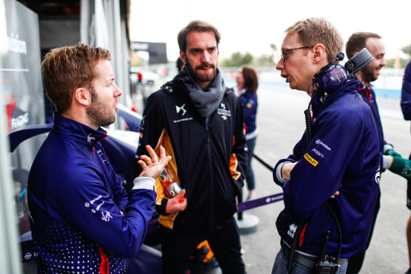 Sam Bird (GBR), Envision Virgin Racing, talks to Sylvain Filippi, Managing Director, Envision Virgin Racing and Jean-Eric Vergne (FRA), DS TECHEETAH,