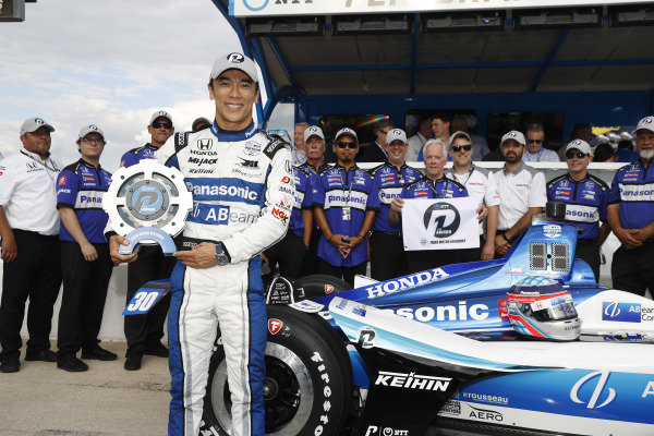 NTT P1 Award winner Takuma Sato, Rahal Letterman Lanigan Racing Honda and team celebrate his pole position run