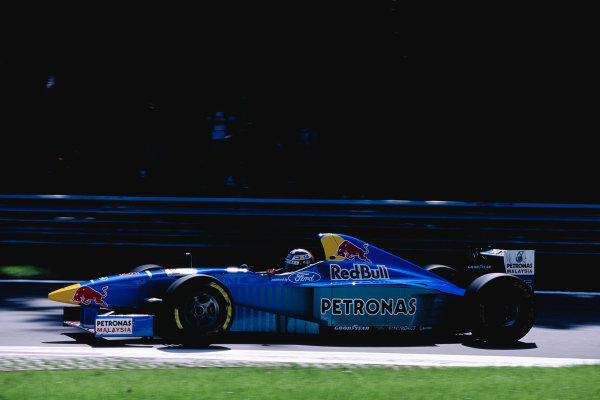 1996 Italian Grand Prix.Monza, Italy. 6-8 September 1996.Heinz-Harald Frentzen (Sauber C15 Ford).Ref-96 ITA 48.World Copyright - LAT Photographic