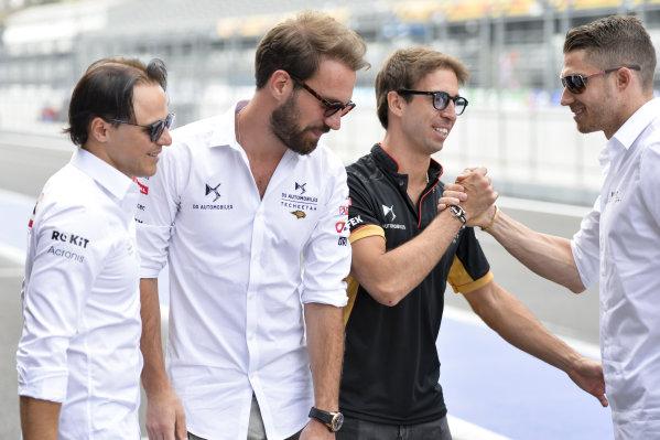 Antonio Felix da Costa (PRT), DS Techeetah and Edoardo Mortara (CHE) Venturi shake hands as Jean-Eric Vergne (FRA), DS Techeetah and Felipe Massa (BRA), Venturi look on