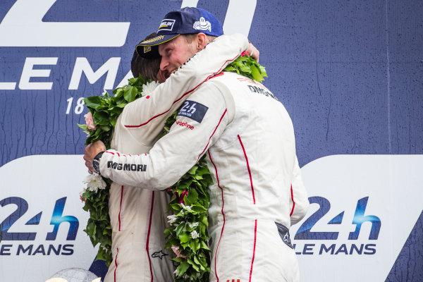 LMP1 podium: class and overall winners #2 Porsche Team Porsche 919 Hybrid: Romain Dumas and Marc Lieb
