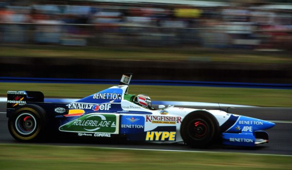 Silverstone, England.12-14 July 1996.Gerhard Berger (Benetton B196 Renault) 2nd position, action.World Copyright - LAT Photographic
