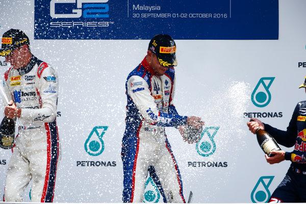 2016 GP2 Series Round 10. Sepang International Circuit, Sepang, Kuala Lumpur, Malaysia. Sunday 2 October 2016. Raffaele Marciello (ITA, RUSSIAN TIME), Luca Ghiotto (ITA, Trident), Pierre Gasly (FRA, PREMA Racing)  Photo: Zak Mauger/GP2 Series Media Service. ref: Digital Image _X0W9639