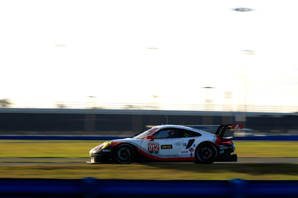 2017 WeatherTech Sportscar Championship December Daytona Testing Tuesday 5 December 2017 #912 Porsche Team North America Porsche 911 RSR: Patrick Pilet, Laurens Vanthoor  World Copyright: Alexander Trienitz/LAT Images  ref: Digital Image 2017-IMSA-Test-Dayt-AT1-0953