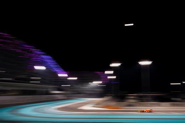 2017 FIA Formula 2 Test 3. Yas Marina Circuit, Abu Dhabi, United Arab Emirates. Saturday 2 December 2017. Oliver Rowland (GBR, Racing Engineering).  Photo: Zak Mauger/FIA Formula 2. ref: Digital Image _56I0055