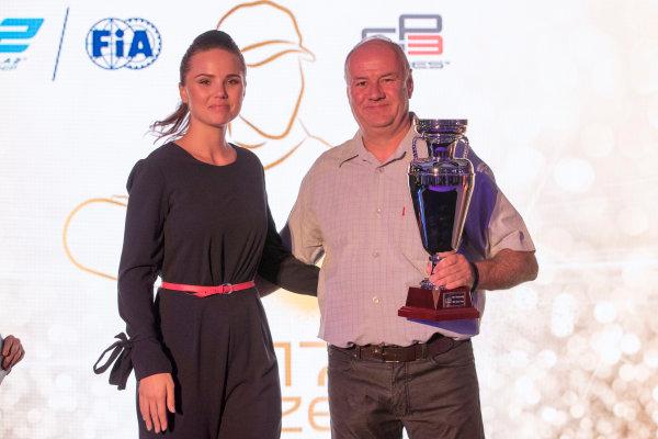 2017 Awards Evening. Yas Marina Circuit, Abu Dhabi, United Arab Emirates. Sunday 26 November 2017. Photo: Zak Mauger/FIA Formula 2/GP3 Series. ref: Digital Image _56I3596
