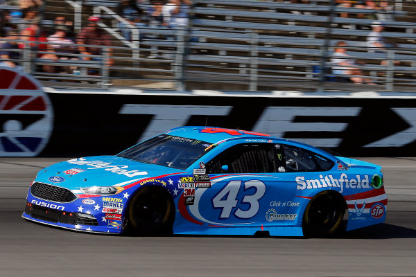 Monster Energy NASCAR Cup Series AAA Texas 500 Texas Motor Speedway Fort Worth, TX USA Sunday 5 November 2017 Aric Almirola, Richard Petty Motorsports, Smithfield Ford Fusion World Copyright: Russell LaBounty LAT Images