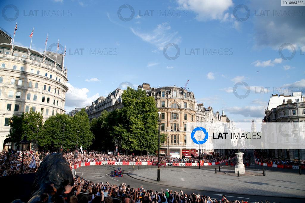 London, United Kingdom.  Wednesday 12 July 2017. Carlos Sainz Jr, Toro Rosso STR12 Renault. World Copyright: Joe Portlock/LAT Images  ref: Digital Image _L5R7761