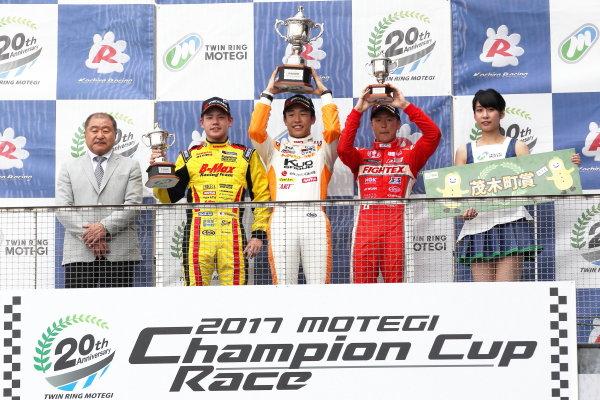 2017 Japanese Formula 3 Championship. Motegi, Japan. 29th - 230th July 2017. Rd 14 15 & 16. Rd14 Winner Sho Tsuboi ( #1 Corolla Chukyo Kuo TOM?S F317 ) 2nd position Mitsunori Takaboshi ( #23 B-MAX NDDP F3 ) 3rd position Hiroki Otsu ( #2 TODA RACING ) podium portrai World Copyright: Yasushi Ishihara / LAT Images. Ref: 2017JF3_R14_16_06