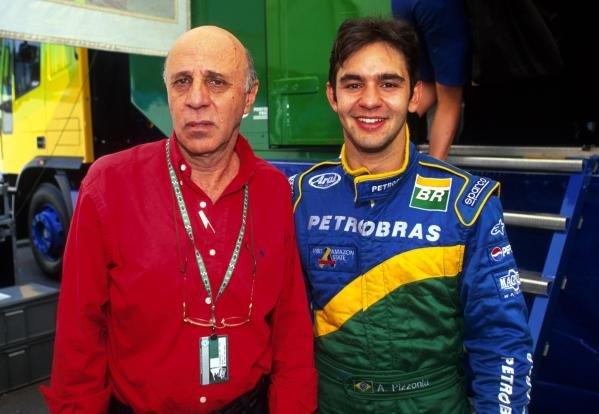Antonio Pizzonia (BRA) Petrobras Junior Team celebrates his first F3000 victory with his father.International Formula 3000 Championship Rd 9, Hockenheim, Germany, 28 July 2001.BEST IMAGE