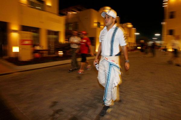 Yas Marina Circuit, Abu Dhabi, United Arab Emirates. Friday 21 November 2014. Felipe Massa, Williams F1. World Copyright: Charles Coates/LAT Photographic. ref: Digital Image _N7T5985