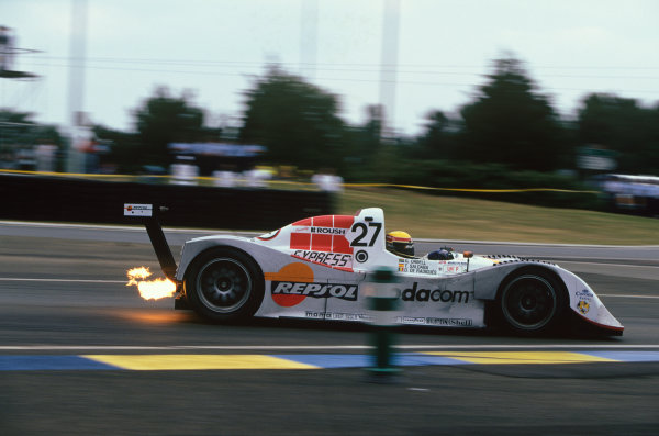 1999 Le Mans 24 Hours. Le Mans, France. 12th - 13th June 1999. Tomas Saldana/Grant Orbell/Didier de Radigues (Lola B98/10 Ford), retired, action.  World Copyright: LAT Photographic. Ref:  99LM08.