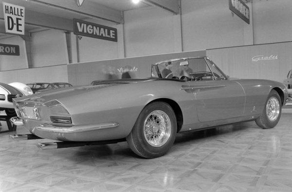 Ferrari 365 California (launch)