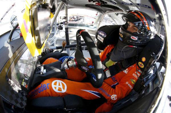 """#20: Erik Jones, Joe Gibbs Racing, Toyota Camry Craftsman """"Racing for a Miracle"""""""