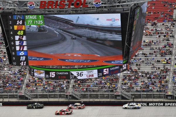 #1: Kurt Busch, Chip Ganassi Racing, Chevrolet Camaro Monster Energy and #18: Kyle Busch, Joe Gibbs Racing, Toyota Camry Snickers