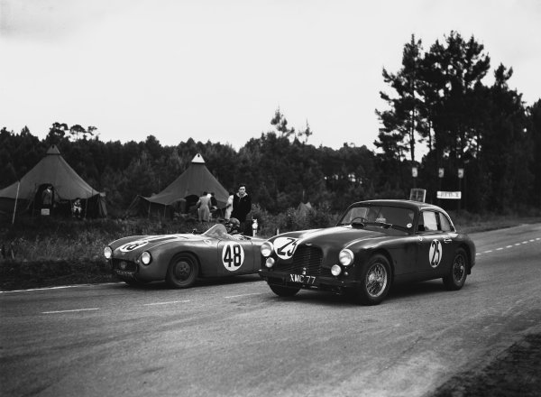 Le Mans, France. 23rd - 24th June 1951 Rene Bonnet/Elie Bayol (#48 D B. - Panhard), 21st position, passes George Abecassis/Brian Shawe-Taylor (Aston Martin DB2), 5th position, action. World Copyright: LAT Photographic Ref: Autocar Glass Plate C29663.